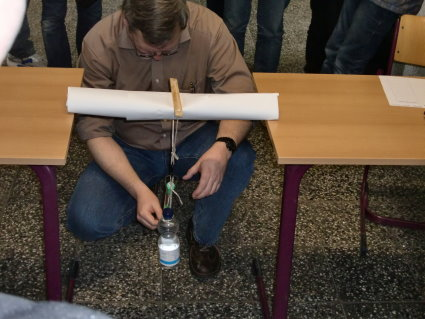 brücke bauen aus papier